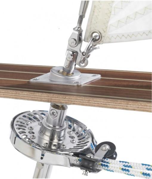 20er Jollenkreuzer Rollanlage unter Deck für Segel mit Stagreitern